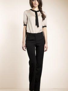 С чем носить классические черные брюки