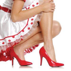 С чем носить красивые туфли на высоком каблуке