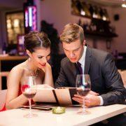 В чем пойти женщине в ресторан