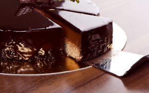 Готовим шоколадный торт быстро и вкусно