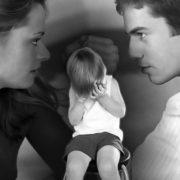 Как подать на алименты состоя в браке