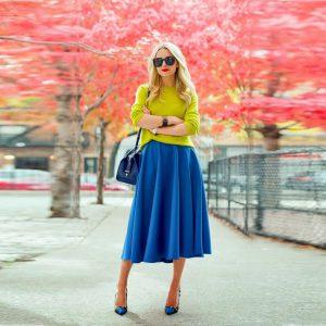 С чем одеть синюю юбку