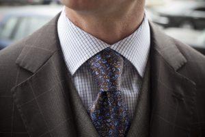 Как легко и красиво завязать галстук