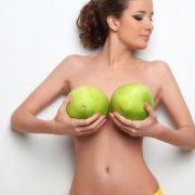Как увеличить грудь с помощью народных средств?