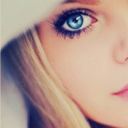 Как сделать макияж, сочетающийся с голубым цветом глаз