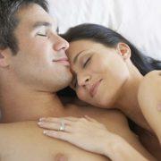 Что делать и как себя вести в первую ночь с мужчиной