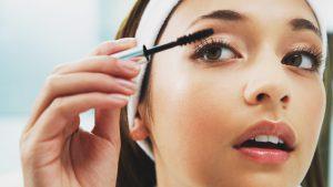 Как научиться правильно красить глаза тенями