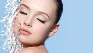 Как сделать легкий макияж в домашних условиях?