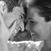 Как узнать любит ли тебя парень