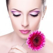 Как делают перманентный макияж бровей