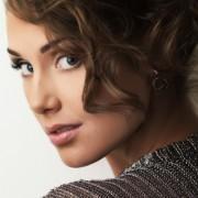 Как с помощью макияжа увеличить маленькие глаза