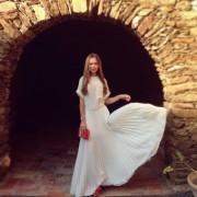 Видеть во сне женщину в свадебном платье