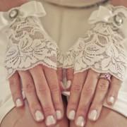 Варианты свадебного маникюра невесты