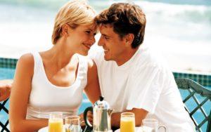 Как определить, что мужчина тебя любит