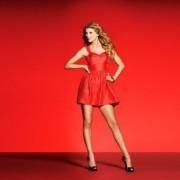 Как правильно выбрать платье красного цвета