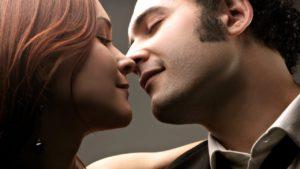 Возможные причины того, что мужчина не целует в губы