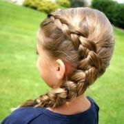 Как красиво заплести косу девочке
