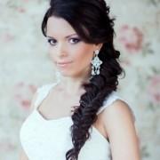 Варианты причёсок на свадьбу с косами