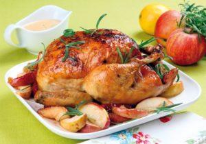 Курица имеет невысокую калорийность и низкую стоимость