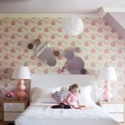 Как легко украсить комнату своими руками
