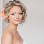 Прически для невесты на короткие волосы