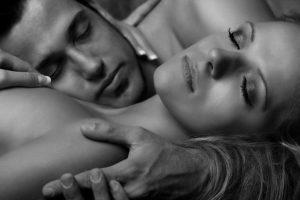 Какие ощущения возникают при первом сексе